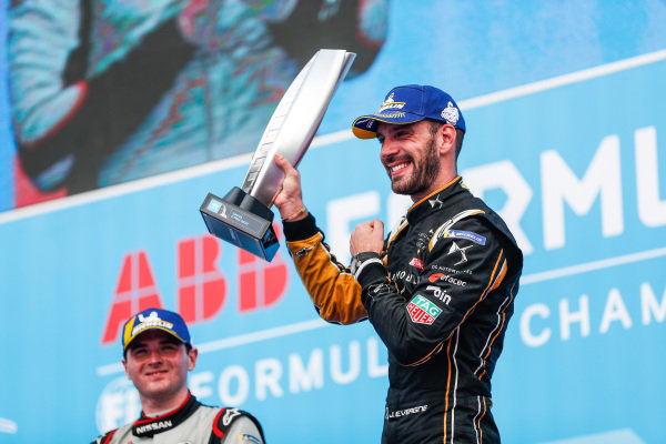 Jean-Eric Vergne (FRA), DS TECHEETAH, 1st position, celebrates on the podium