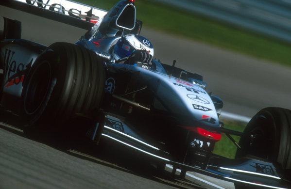2001 United States Grand Prix.Indianapolis, Indiana, USA.28-30 September 2001.Mika Hakkinen (McLaren MP4/16 Mercedes) 1st position.Ref-01 USA 08.World Copyright - LAT Photographic