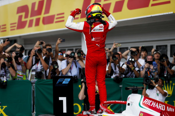HUNGARORING, HUNGARY - AUGUST 04: Race winner Mick Schumacher (DEU, PREMA RACING) celebrates in parc ferme during the Hungaroring at Hungaroring on August 04, 2019 in Hungaroring, Hungary. (Photo by Zak Mauger / LAT Images / FIA F2 Championship)