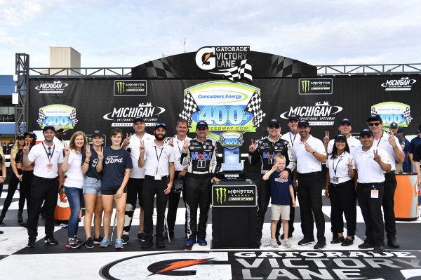 #4: Kevin Harvick, Stewart-Haas Racing, Ford Mustang Mobil 1
