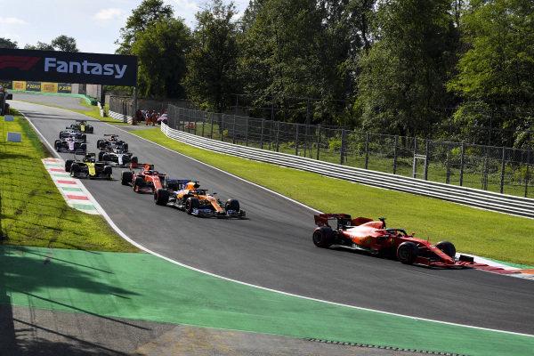 Sebastian Vettel, Ferrari SF90, Carlos Sainz Jr., McLaren MCL34, Charles Leclerc, Ferrari SF90, Nico Hulkenberg, Renault R.S. 19 and Lewis Hamilton, Mercedes AMG F1 W10