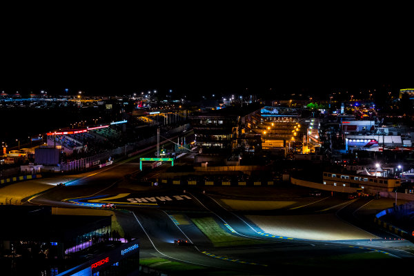 2016 Le Mans 24 Hours. Circuit de la Sarthe, Le Mans, France. Sunday 19 June 2016. A view of the Ford Chicane and start/finish straight during the race. World Copyright: Zak Mauger/LAT Photographic ref: Digital Image _79P8351