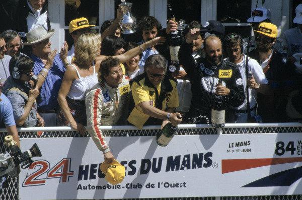 1984 Le Mans 24 hours.Le Mans, France. 16-17 June 1984.Klaus Ludwig/Henri Pescarolo (Porsche 956), 1st position.World Copyright: LAT Photographic. Ref: 84LM14.
