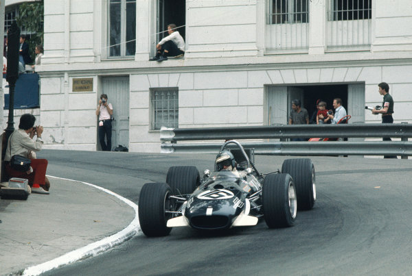 1969 Monaco Grand Prix. Monte Carlo, Monaco. 15-18 May 1969. Piers Courage (Williams Racing/Brabham BT26A Ford) 2nd position. Ref-69 MON 46. World Copyright - LAT Photographic