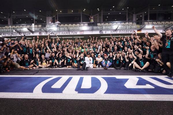 Yas Marina Circuit, Abu Dhabi, United Arab Emirates. Sunday 23 November 2014. World Copyright: Steve Etherington/LAT Photographic. ref: Digital Image SNE13361