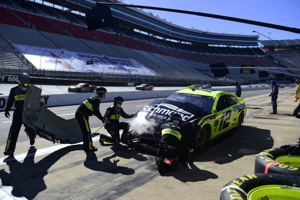 Ryan Blaney, Team Penske Ford Menards/Richmond pits after a spin impact, Copyright: Jared C. Tilton/Getty Images.
