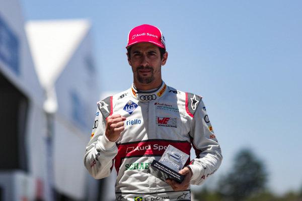 Lucas Di Grassi (BRA), Audi Sport ABT Schaeffler, with the pole position award