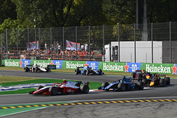 Oscar Piastri (AUS, Prema Racing), Guanyu Zhou (CHN, Uni-Virtuosi Racing), Liam Lawson (NZL, Hitech Grand Prix) and Jehan Daruvala (IND, Carlin)
