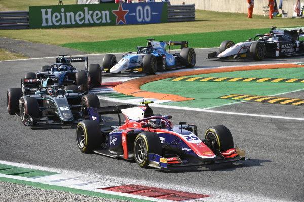 Marino Sato (JPN, Trident) Jake Hughes (GBR, HWA Racelab)
