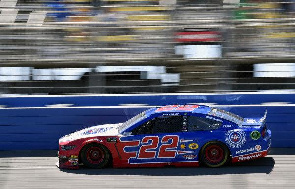 #22: Joey Logano, Team Penske, Ford Mustang AAA Southern California