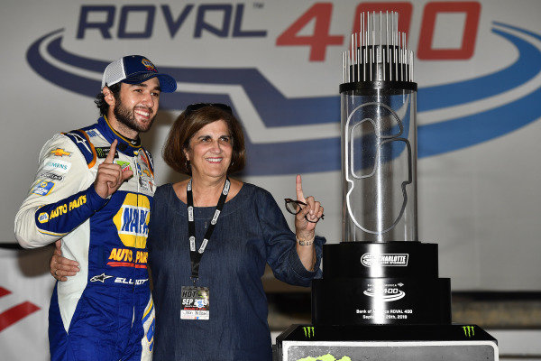 #9: Chase Elliott, Hendrick Motorsports, Chevrolet Camaro NAPA AUTO PARTS celebrates his win in Victory Lane