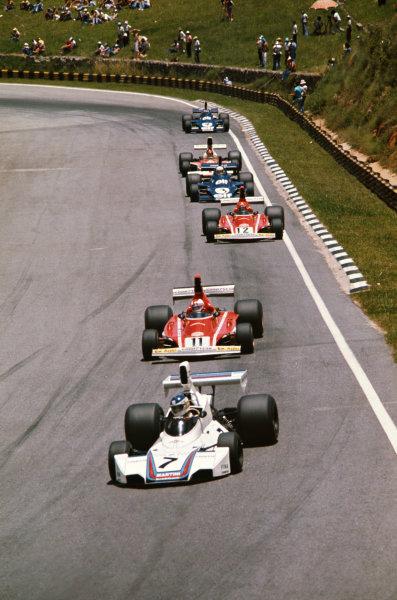 1975 Brazilian Grand Prix  Interlagos, Sao Paulo, Brazil. 24-26th January 1975.  Carlos Reutemann, Brabham BT44B Ford, leads Clay Regazzoni and Niki Lauda, Ferrari 312B3.  Ref: 75BRA09. World copyright: LAT Photographic