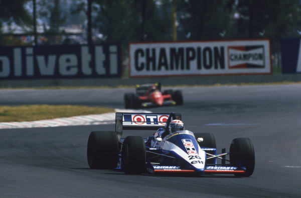 1986 Mexican Grand Prix  Mexico City, Mexico. 9-12th October 1986.  Philippe Alliot, Ligier JS27 Renault, 6th position.  Ref: 86MEX39. World copyright: LAT Photographic