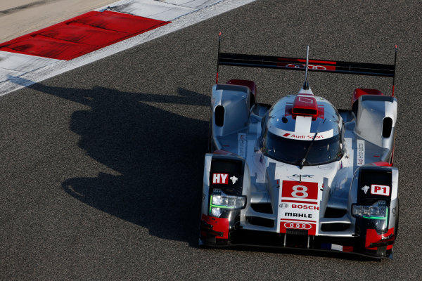 2015 FIA World Endurance Championship Bahrain 6-Hours Bahrain International Circuit, Bahrain Saturday 21 November 2015. Lucas Di Grassi, Lo?c Duval, Oliver Jarvis (#8 LMP1 Audi Sport Team Joest Audi R18 e-tron quattro). World Copyright: Alastair Staley/LAT Photographic ref: Digital Image _79P0380