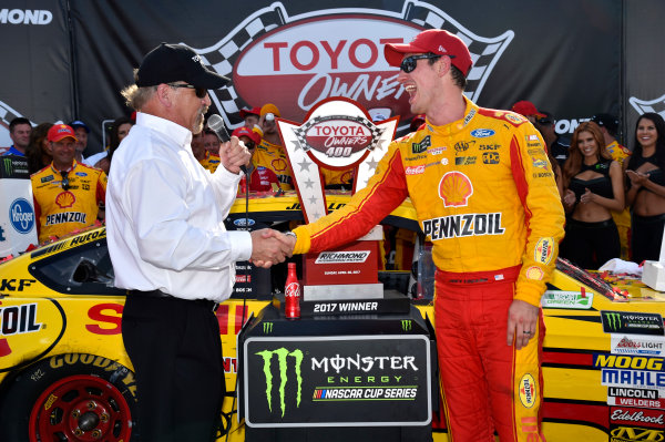 Monster Energy NASCAR Cup Series Toyota Owners 400 Richmond International Raceway, Richmond, VA USA Sunday 30 April 2017 Joey Logano, Team Penske, Shell Pennzoil Ford Fusion wins. World Copyright: Rusty Jarrett LAT Images ref: Digital Image 17RIC1rj_4408