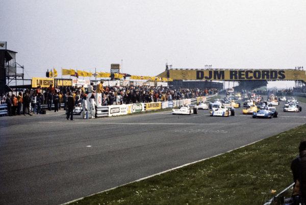 Maurizio Flammini, March 762 BMW/Rosche, Alex Ribeiro, March 762 BMW/Rosche, and Patrick Tambay, Martini Mk19 Renault/Gordini, lead the field at the start of the race.
