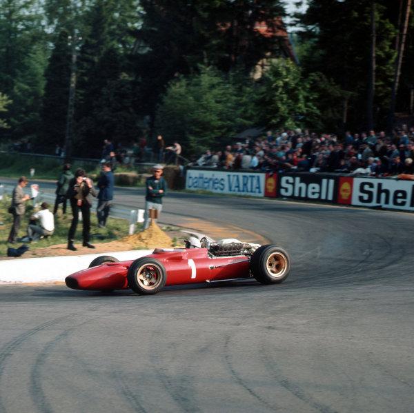 Spa-Francorchamps, Belgium.16-18 June 1967.Chris Amon (Ferrari 312) 3rd position.Ref-3/2949.World Copyright - LAT Photographic