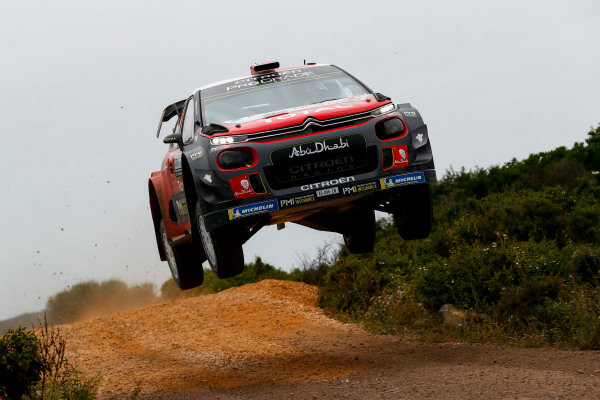 Mads Ostberg always gives everything on the fast jumps of Rally d'Italia Sardinia