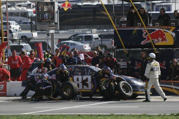 16-18 March 2007, Atlanta Motor Speedway, Atlanta, GABrian Vickers pits©2007, Lesley Ann Miller, USALAT Photographic