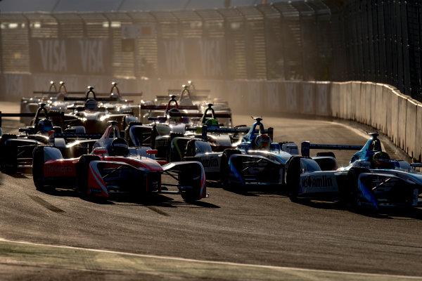 2016/2017 FIA Formula E Championship. Marrakesh ePrix, Circuit International Automobile Moulay El Hassan, Marrakesh, Morocco. Saturday 12 November 2016. Nick Heidfeld (GER), Mahindra Racing, Spark-Mahindra, Mahindra M3ELECTRO, Antonio Felix da Costa (PRT), Amlin Andretti, Spark-Andretti, ATEC-02 a the start of the race. Photo: Zak Mauger/Jaguar Racing ref: Digital Image _X0W6095