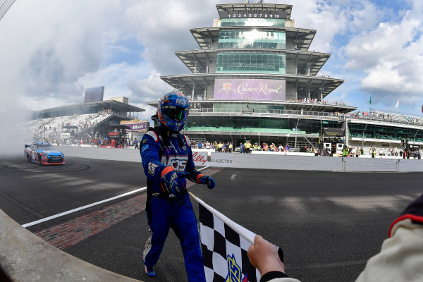 22-23 July, 2016, Indianapolis, Indiana USA Kyle Busch, NOS Energy Drink Toyota Camry celebrates after winning ?2016, Logan Whitton  LAT Photo USA