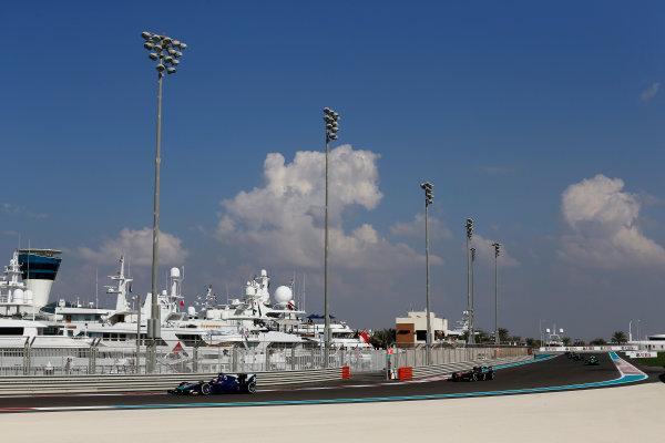 2015 GP2 Series Round 11. Yas Marina Circuit, Abu Dhabi, United Arab Emirates. Sunday 29 November 2015. Dean Stoneman (GBR, Carlin). Photo: Zak Mauger/GP2 Series Media Service. ref: Digital Image _L0U8093