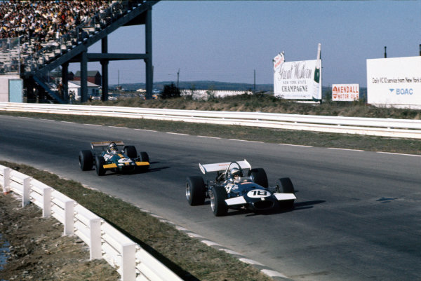 Watkins Glen, New York, USA. 3-5 October 1969 Piers Courage (Brabham BT26-Ford), 2nd position leads Jack Brabham (Brabham BT26-Ford), 4th position, action World Copyright: LAT Photographic.