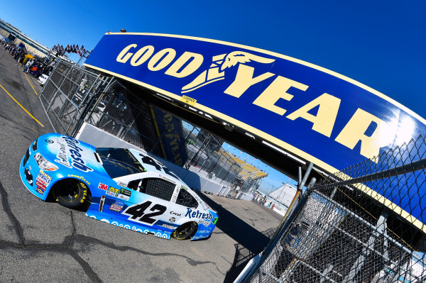 Monster Energy NASCAR Cup Series Can-Am 500 Phoenix Raceway, Avondale, AZ USA Saturday 11 November 2017 Kyle Larson, Chip Ganassi Racing, Refresh Your Car! Chevrolet SS World Copyright: Nigel Kinrade LAT Images