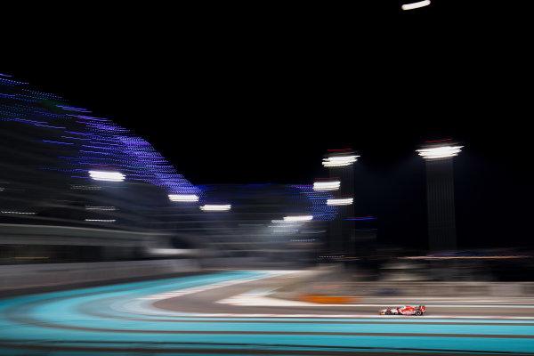 2017 FIA Formula 2 Test 3. Yas Marina Circuit, Abu Dhabi, United Arab Emirates. Saturday 2 December 2017. Nyck De Vries (NLD, PREMA Racing).  Photo: Zak Mauger/FIA Formula 2. ref: Digital Image _56I0165