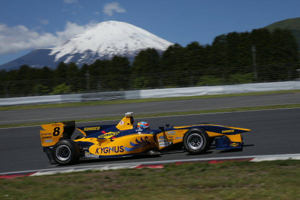 2014 Super Formula Series. Fuji, Japan. 17th - 18th May 2014. Rd 2. Race 1 - 3rd position Loic Duval ( #8 Team KYGNUS SUNOCO SF14 ) action World Copyright: Yasushi Ishihara / LAT Photographic. Ref: 2014SF_Rd2_014.JPG
