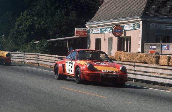 Le Mans, France. 14-15 June 1975.Tim Schenken/Howden Ganley (Porsche Carrera RSR), retired, action. World Copyright: LAT PhotographicRef: 75LM08.