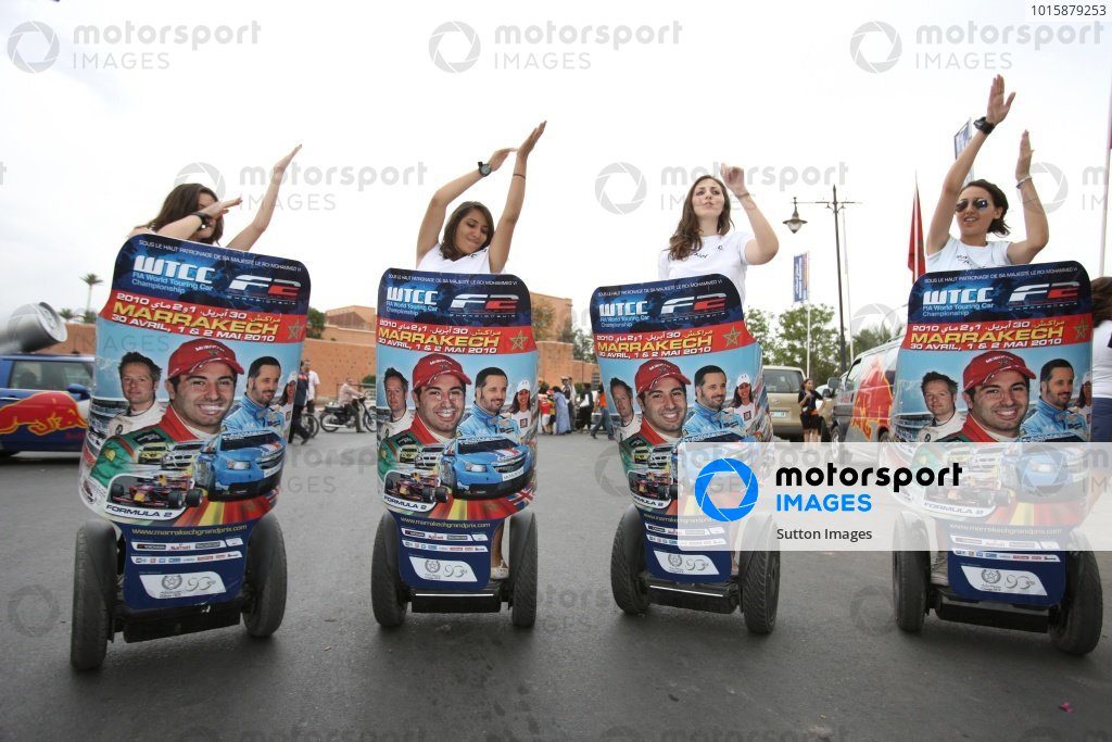 Girls. FIA Formula Two Championship, Rd2,  Marrakech, Morocco. Thursday 29 April 2010