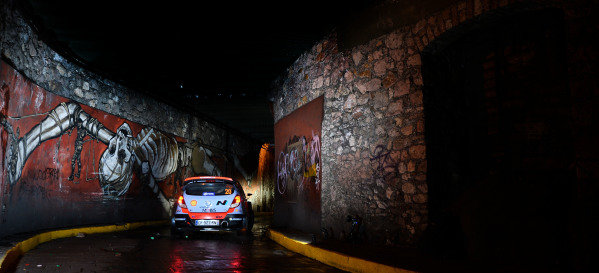 Thierry Neuville (BEL) / Nicolas Gilsoul (BEL) Hyundai i20 WRC at World Rally Championship, Rd3, Rally Mexico, Preparations and Shakedown, Leon, Mexico, 5 March 2015.