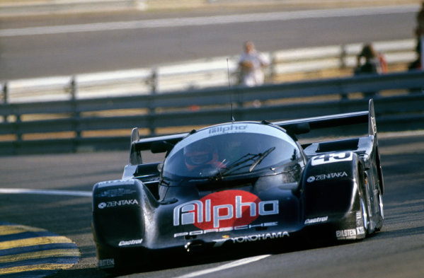 Le Mans, France. 20th - 21st June 1990. Tiff Needell/David Sears/Anthony Reid (Porsche 962C), 3rd position, action. World Copyright: LAT Photographic. Ref: 90LM03.