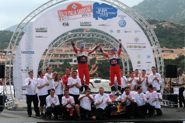 Rallye Italia Sardinia, Porto Cervo, Sardinia, Italy Round 12 October 18 - 21, 2012 Sunday, October 21st. Mikko Hirvonen (FIN) and Jarmo Lehtinen (FIN), Citroen DS3 WRC celebrate with the Citroen Team on the podium. Digital Image