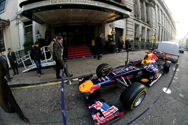 Grand Connaught Rooms, London, England. 3rd December 2012. A Red Bull Racing car outside the entrance. World Copyright: Jakob Ebrey/LAT Photographic ref: Digital Image RedBull_002