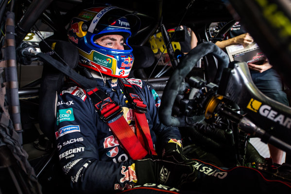2015 V8 Supercars Round 11. Gold Coast 600, Surfers Paradise, Queensland, Australia. Friday 23rd October - Sunday 25th October 2015. Craig Lowndes driver of the #888 Red Bull Racing Holden VF Commodore. World Copyright: Daniel Kalisz/LAT Photographic  Ref: Digital Image V8SCR11_GOLDCOAST600_DKIMG2784.JPG