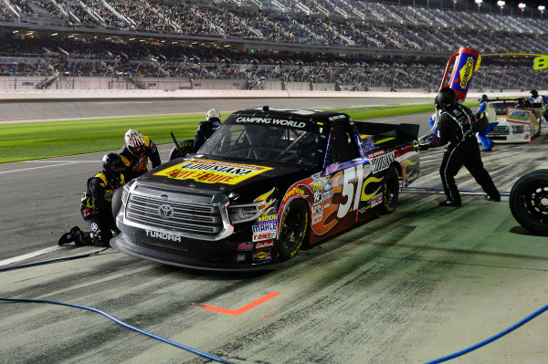 2017 Camping World Truck - NextEra Energy Resources 250 Daytona International Speedway, Daytona Beach, FL USA Friday 24 February 2017 Myatt Snider, makes a pit stop. World Copyright: John K Harrelson / LAT Images ref: Digital Image 17DAY2jh_05079