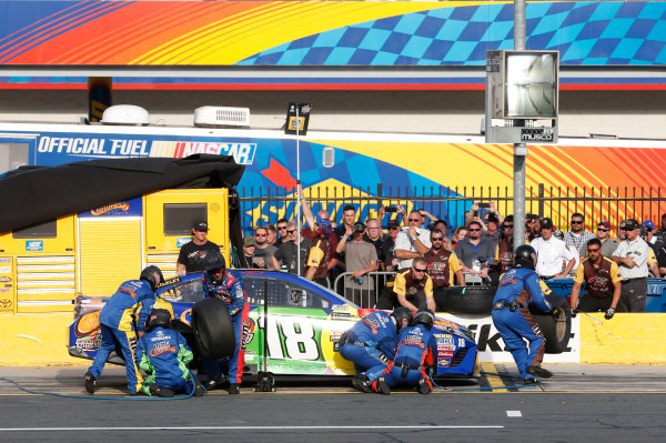 Monster Energy NASCAR Cup Series Monster Energy NASCAR All-Star Race Charlotte Motor Speedway, Concord, NC USA Friday 19 May 2017 Kyle Busch, Joe Gibbs Racing, M&M's Caramel Toyota Camry World Copyright: Matthew T. Thacker LAT Images ref: Digital Image 17CLT1mt1385