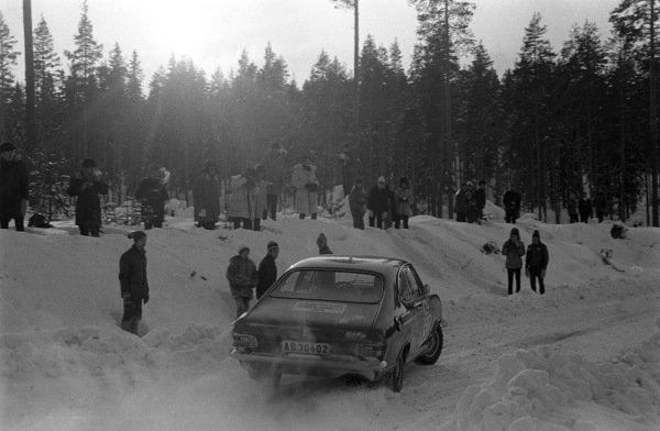 Gunnar Blomqvist / Ingelöv Blomqvist, Opel Kadett coupe.