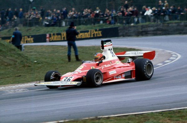 Brands Hatch, England. 14th March 1976.Giancarlo Martini (Ferrari 312T), retired, action. World Copyright: LAT Photographic.Ref:  76ROC 36a.